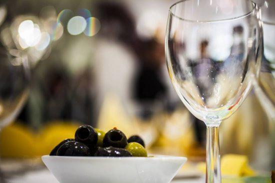 wein-oliven